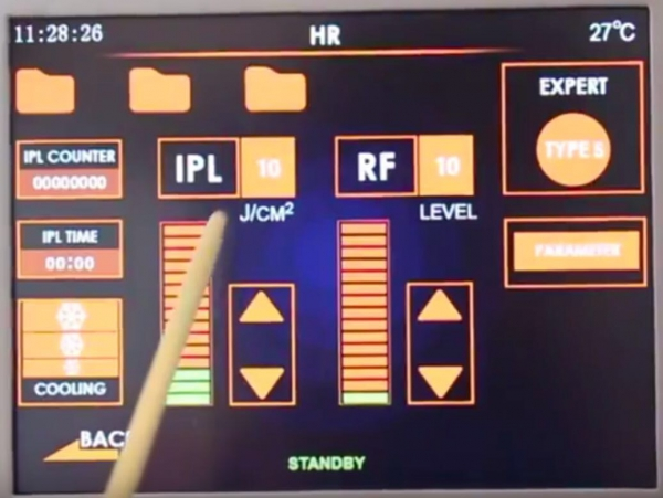 Luce pulsata e Radiofrequenza per curare occhio secco e blefarite (IPLRF) 10